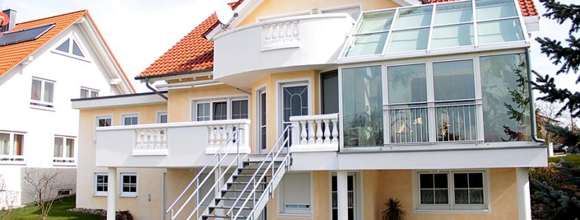 Fassadengestaltung, mediterrane Fassade, Keimfarben, Lasurtechnik
